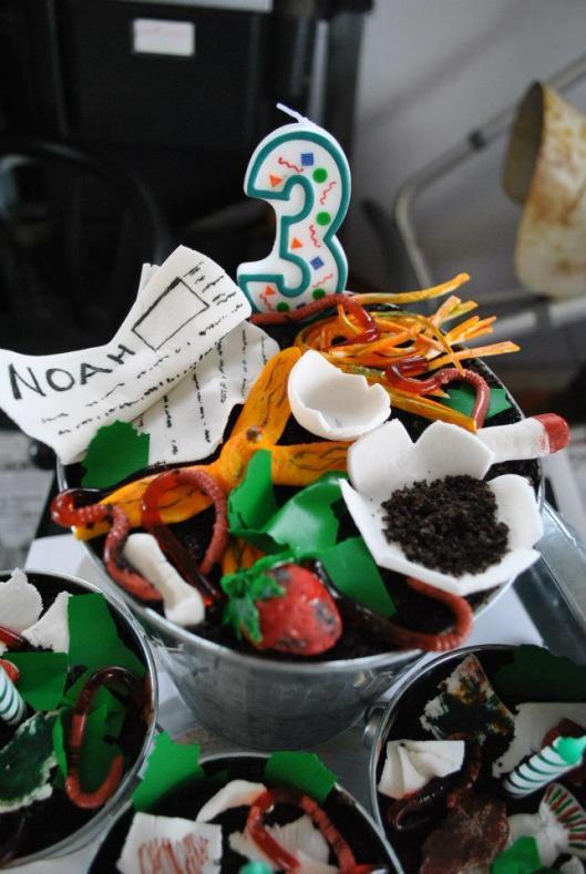 garbage truck trash cake