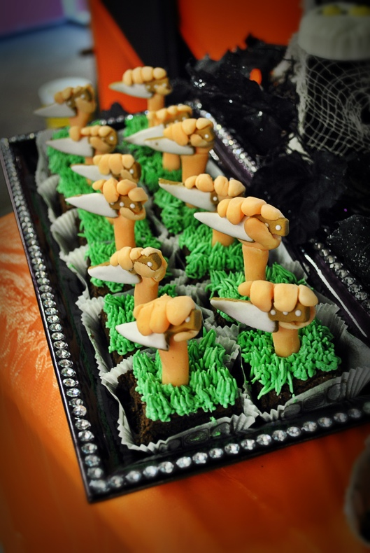 halloween knife brownies
